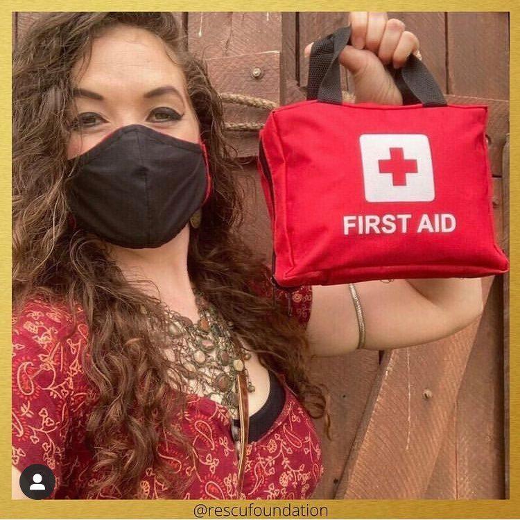 Magnolia w/First Aid Kit